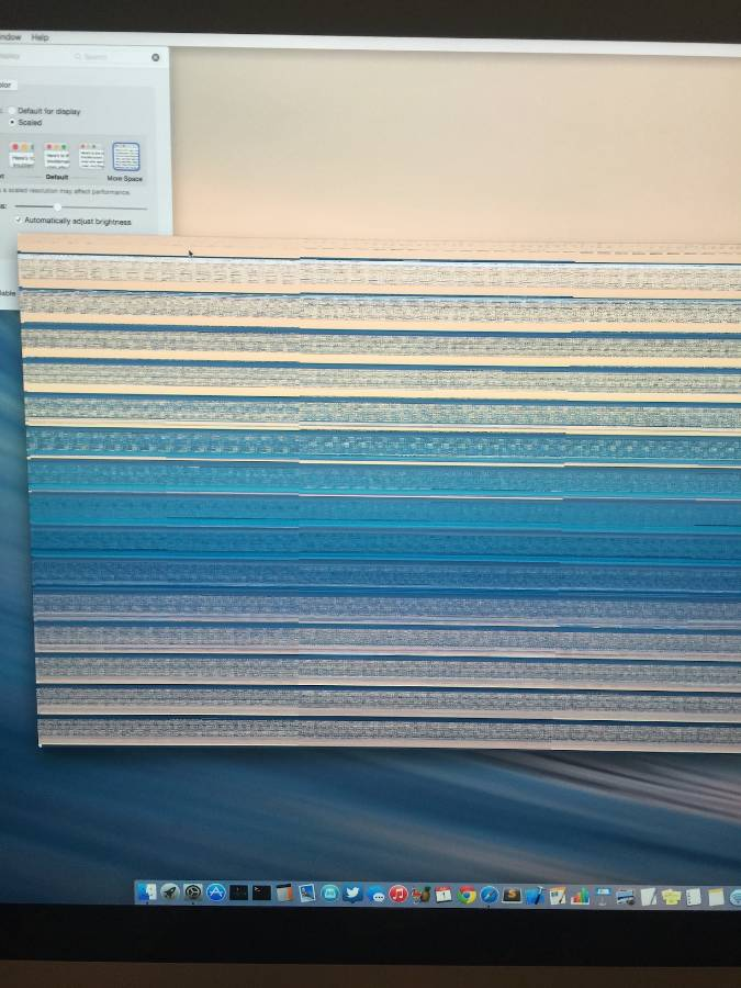 iMac graphics glitch with scaling enabled.