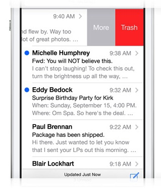 The swipe gesture being used to erase an iPhone Mail message in iOS7.